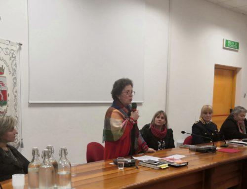 Tra Me contro la violenza sulle donne – qualche fotografia della serata in Sala del Consiglio Comunale a Carignano