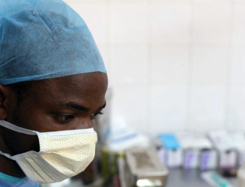 Coronavirus e locuste trascinano l'Africa verso la recessione
