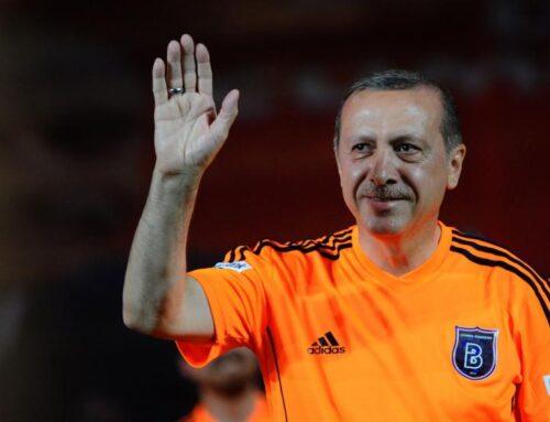 Il calcio di Erdogan e del Rojava: viaggio tra propaganda e resistenza